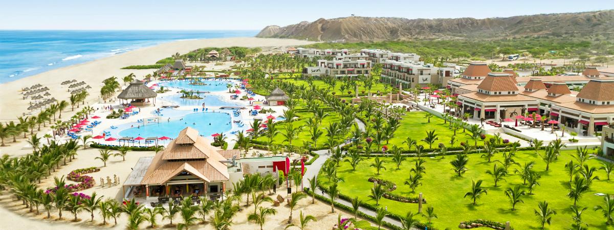 Disfruta de las cómodas instalaciones del Hotel Royal Decameron Punta Sal