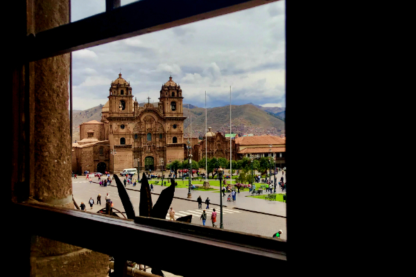 Vista de la Plaza de Armas de Cusco desde Restaurante Limo - Najid Soto